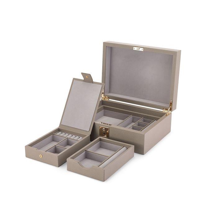 bo te bijoux grosvenor avec plateau de voyage en cuir de veau gris colombe smythson. Black Bedroom Furniture Sets. Home Design Ideas